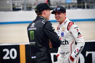 Riley Herbst, Joe Gibbs Racing, Toyota Supra Monster Energy, Noah Gragson, JR Motorsports, Chevrolet Camaro Switch