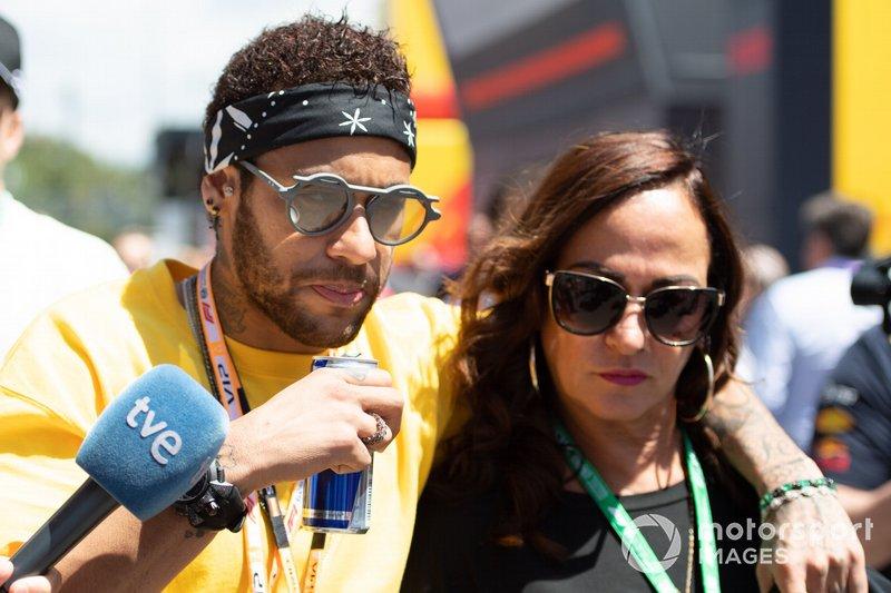 Neymar jr in the paddock