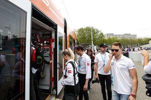 Stoffel Vandoorne, HWA Racelab entre dans le tram