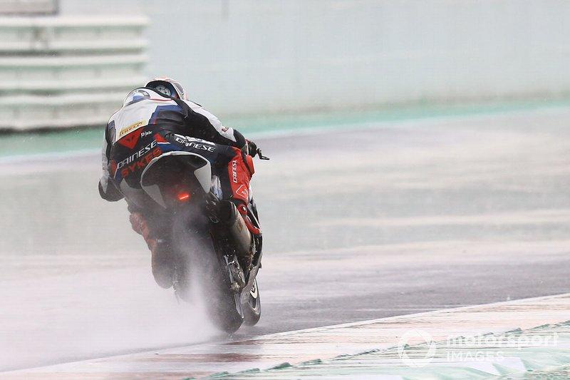 Tom Sykes, BMW Motorrad WorldSBK Team sliding