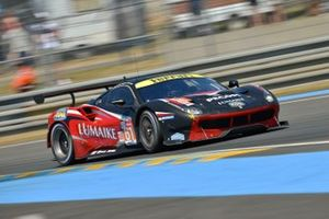 №61 Clearwater Racing Ferrari 488 GTE: Луис Перес-Компанк, Маттео Крессони, Мэтт Гриффин