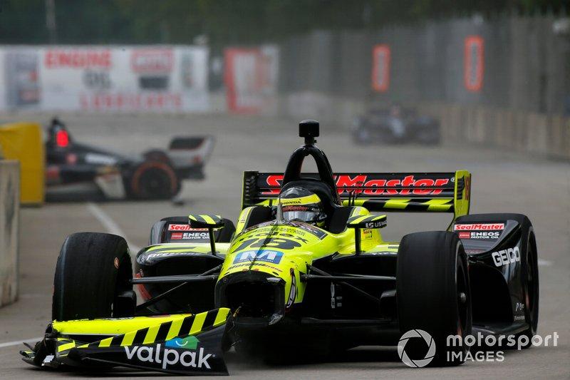 Sebastien Bourdais, Dale Coyne Racing with Vasser-Sullivan Honda, Spencer Pigot, Ed Carpenter Racing Chevrolet crash