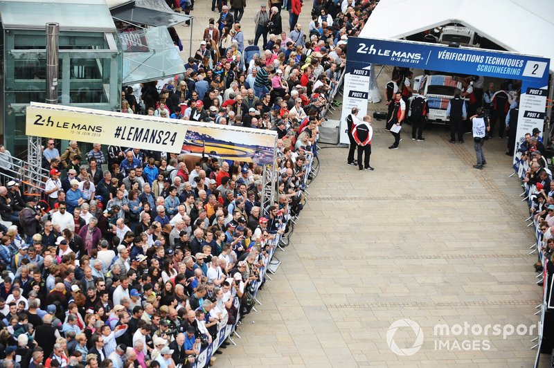 24 Hours of Le Mans scrutineering atmosphere