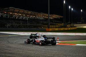 Jack Aitken, Williams FW43, Kevin Magnussen, Haas VF-20