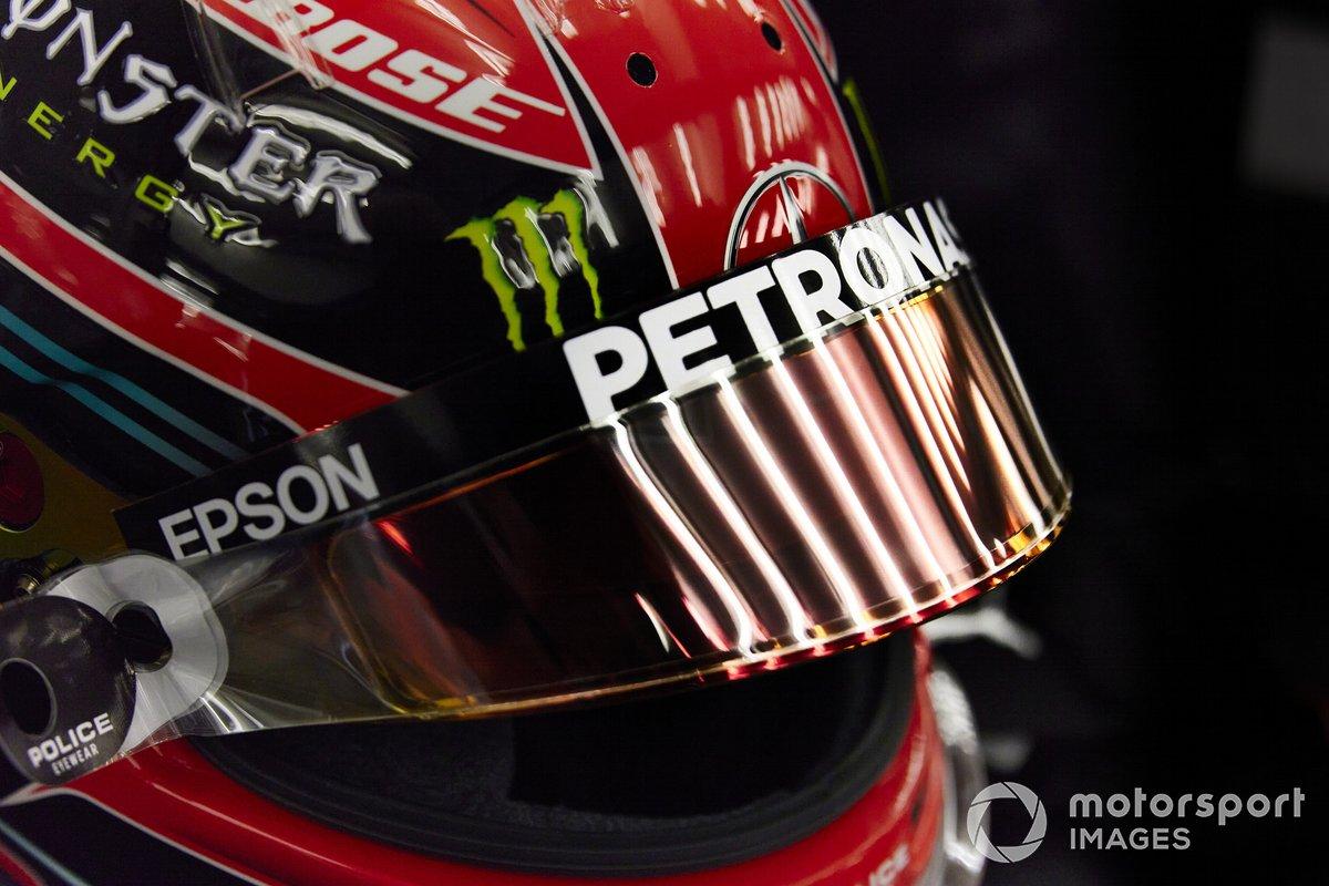 Casco de George Russell, Mercedes-AMG F1