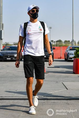George Russell, Mercedes-AMG F1, arrives at the circuit