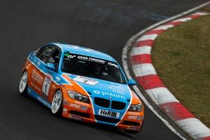 #1 BMW 325i: Christopher Rink, Danny Brink, Philipp Leisen