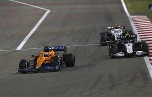 Daniel Ricciardo, McLaren MCL35M, Nicholas Latifi, Williams FW43B, et Mick Schumacher, Haas VF-21