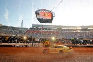 Победитель гонки Джои Логано, Team Penske, Ford Mustang Shell Pennzoil