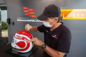 Nelson Piquet autograph session