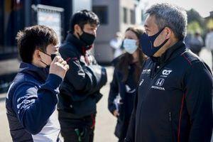 Yuki Tsunoda, AlphaTauri en Masashi Yamamoto, General Manager, Honda Motorsport