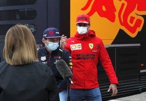 Max Verstappen, Red Bull Racing and Carlos Sainz Jr., Ferrari