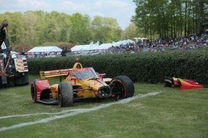 El monoplaza dañado de Ryan Hunter-Reay, Andretti Autosport Honda