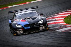 #34 Walkenhorst Motorsport BMW M6 GT3: Augusto Farfus, Nicky Catsburg, Sheldon van der Linde