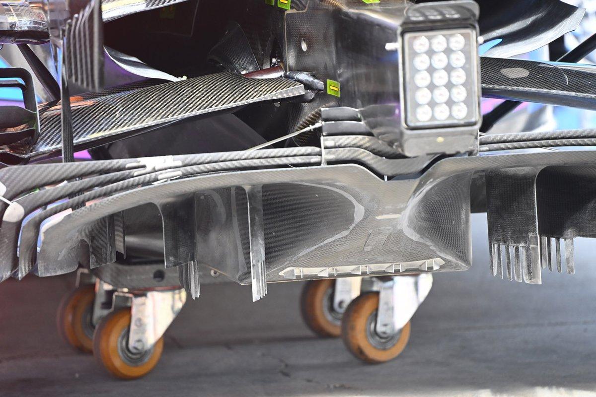 McLaren MCL35: Diffusor