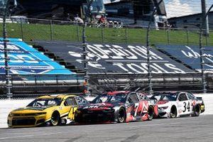 Ross Chastain, Chip Ganassi Racing, Chevrolet Camaro Chevrolet Accessories et Corey LaJoie, Spire Motorsports, Chevrolet Camaro ARK.io