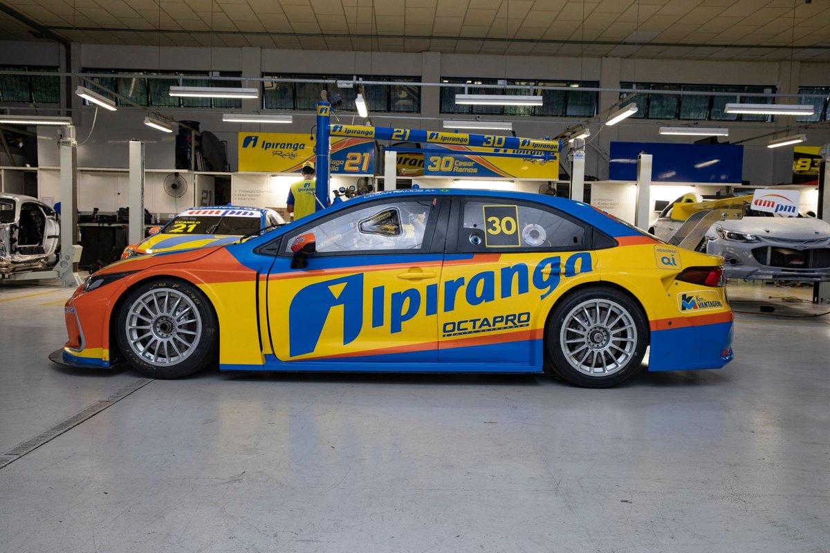 Apresentação do carro da Ipiranga Racing de 2021 com Thiago Camilo e César Ramos