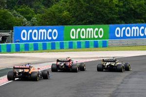 Daniel Ricciardo, Renault F1 Team R.S.20, Alex Albon, Red Bull Racing RB16, Carlos Sainz Jr., McLaren MCL35