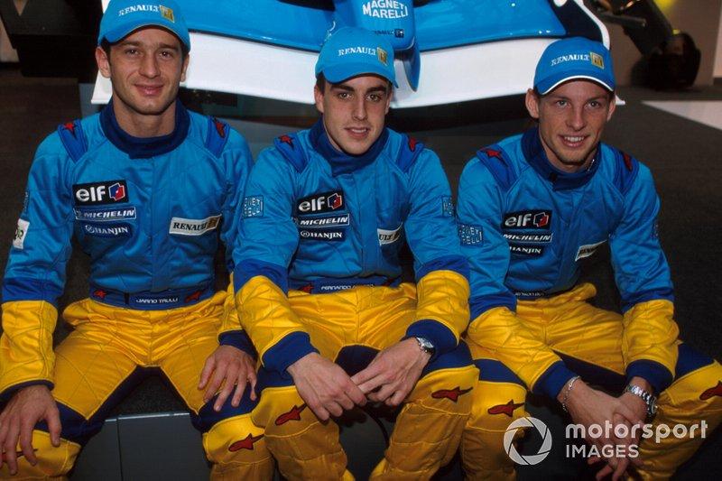 Jarno Trulli, Fernando Alonso, Jenson Button alla presentazione della Renault F1 R202 a Parigi