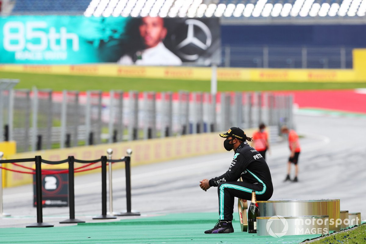 Lewis Hamilton, Mercedes-AMG Petronas F1 sits on the podium