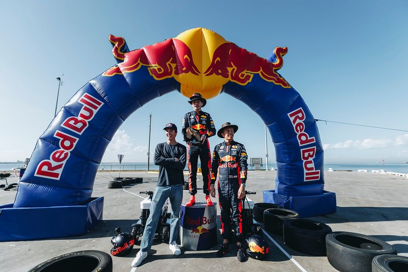 Max Verstappen, Red Bull Racing, Alex Albon, Red Bull Racing