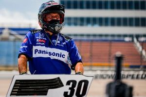 Takuma Sato, Rahal Letterman Lanigan Racing Honda, crew member
