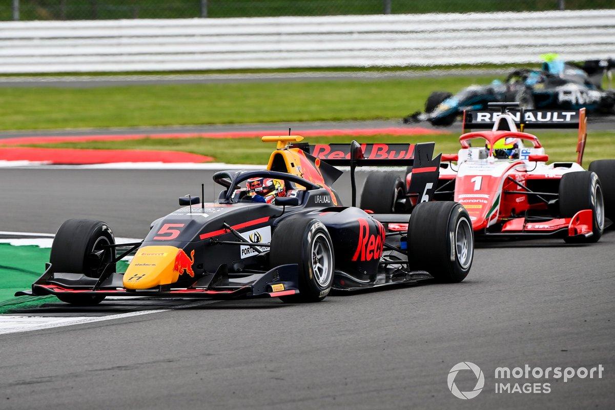 Liam Lawson, Hitech Grand Prix e Oscar Piastri, Prema Racing