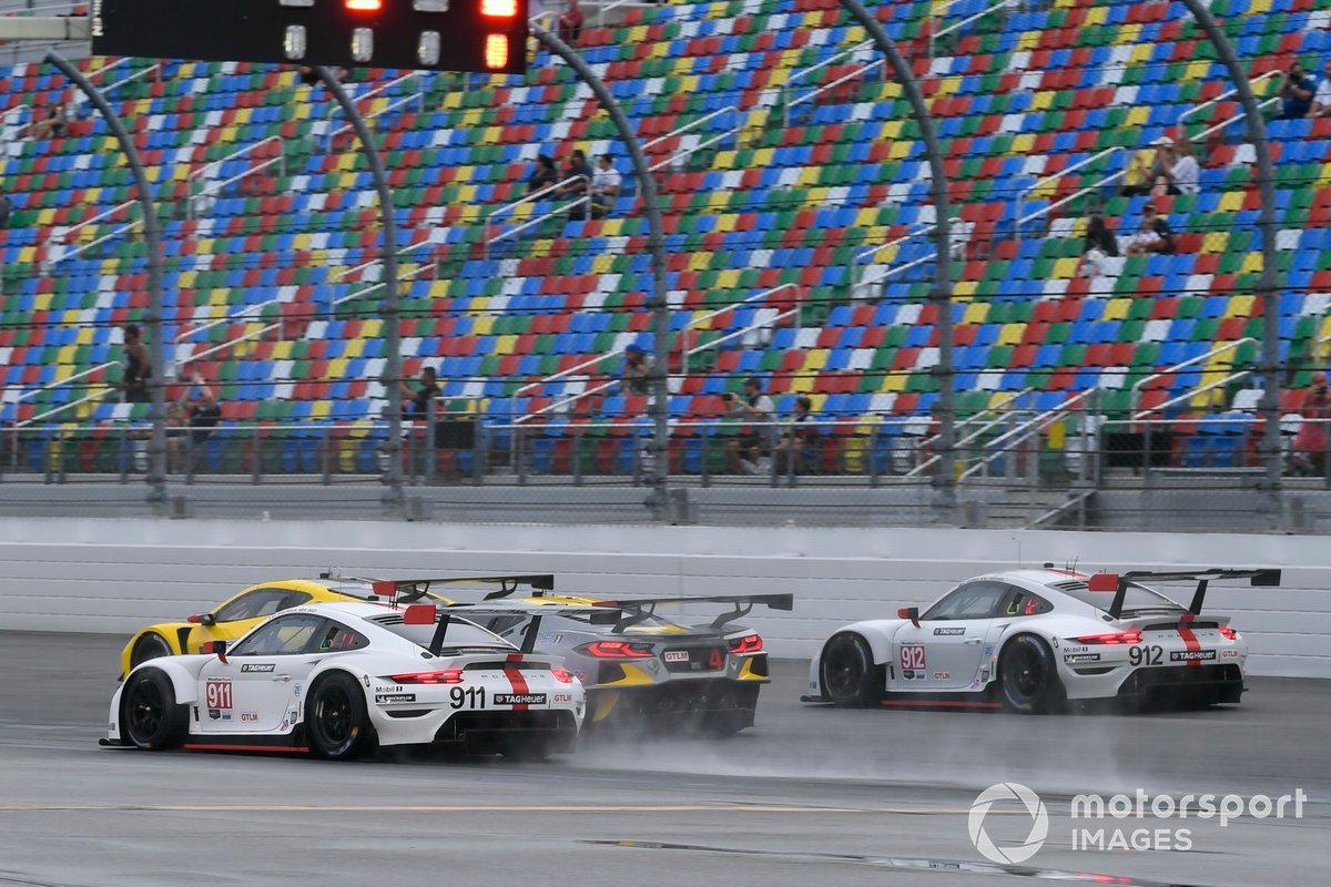 Salida: #911 Porsche GT Team Porsche 911 RSR - 19, GTLM: Nick Tandy, Fred Makowiecki