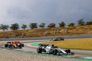 Pierre Gasly, AlphaTauri AT01, Lando Norris, McLaren MCL35, Charles Leclerc, Ferrari SF1000