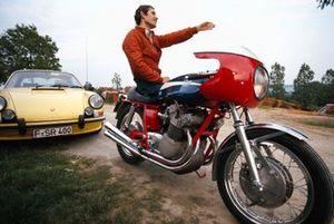 Jacky Ickx en su moto