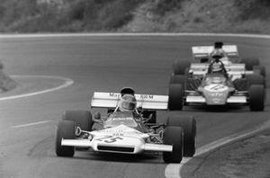 Helmut Marko, BRM P160B leads Ronnie Peterson, March 721G Ford