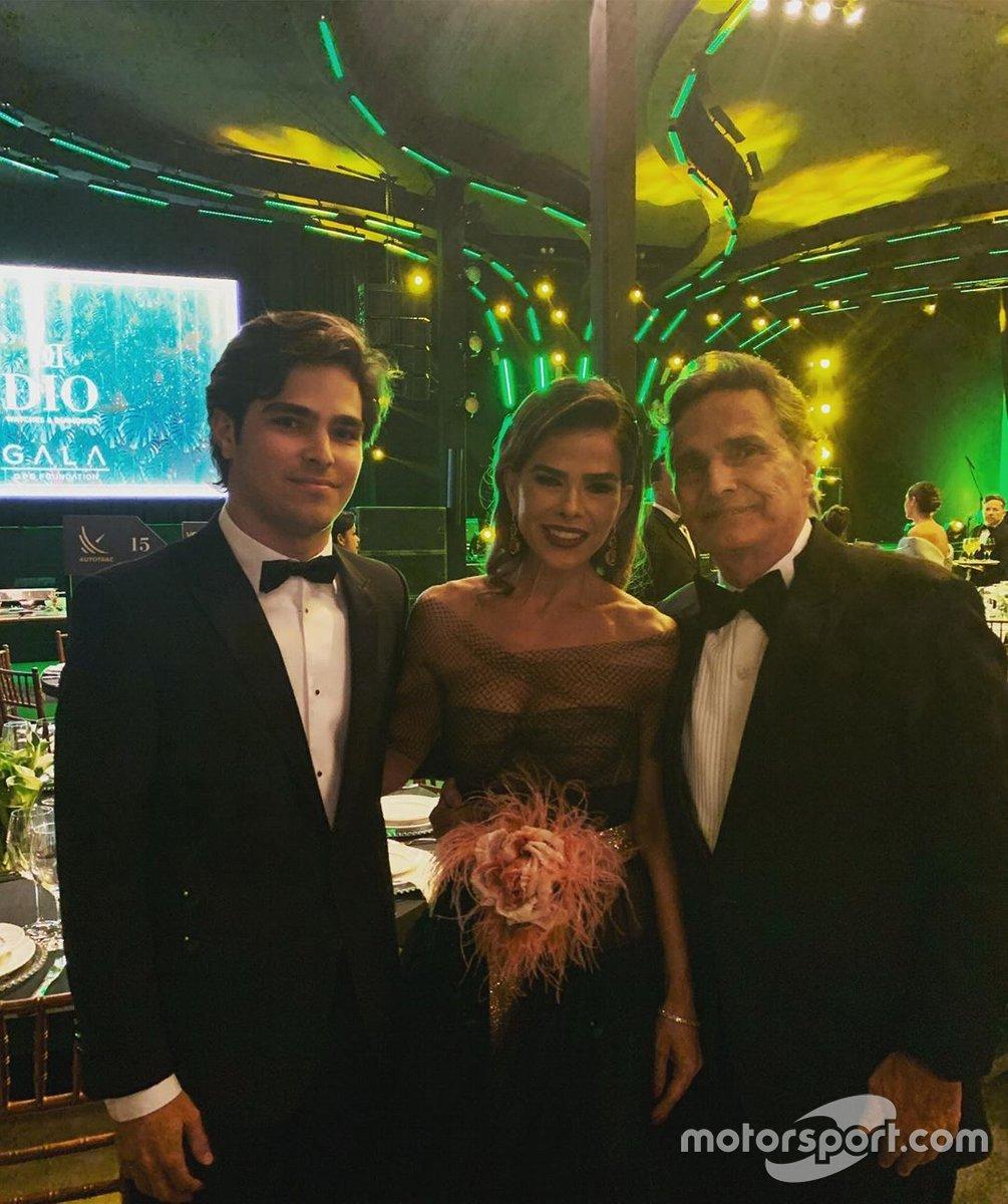 Pedro com a mãe e o pai