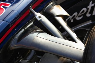 Left front suspension of the Red Bull Racing RB3