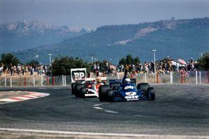 Jody Scheckter, Tyrrell 007, Tony Brise, Hill GH1, Mario Andretti, Parnelli VPJ4