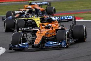 Carlos Sainz Jr., McLaren MCL35, Daniel Ricciardo, Renault F1 Team R.S.20, and Lando Norris, McLaren MCL35