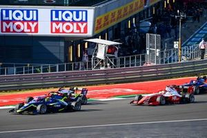 Ben Barnicoat, Carlin, Lirim Zendeli, Trident and Oscar Piastri, Prema Racing