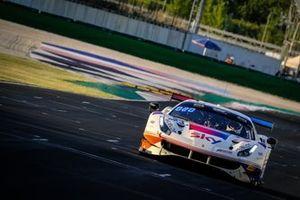 #93 SKY - Tempesta Racing Ferrari 488 GT3: Chris Froggatt, Eddie Cheever