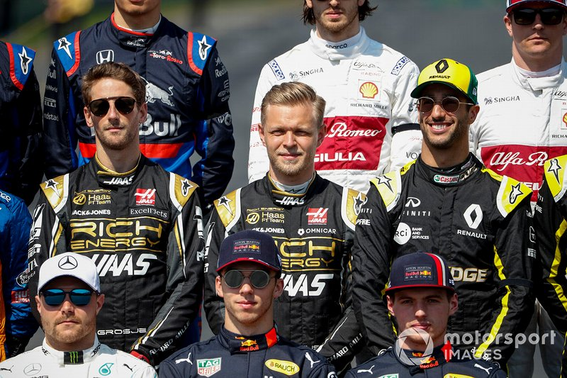Romain Grosjean, Haas F1, Kevin Magnussen, Haas F1 e Daniel Ricciardo, Renault F1 Team