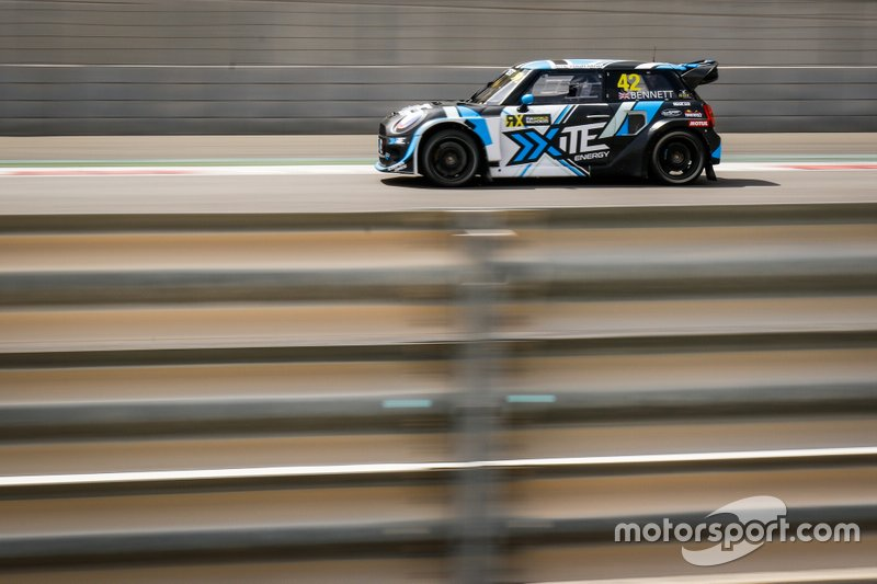 Oliver Bennett, Xite Racing Tom Banks