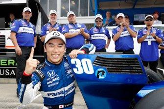 Il poleman Takuma Sato, Rahal Letterman Lanigan Racing Honda