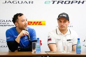Darryl O'Young, Jaguar VIP, Simon Evans, Team Asia New Zealand