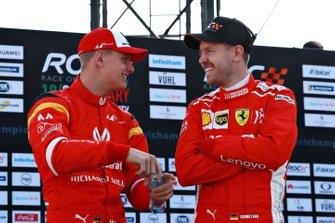 Mick Schumacher, Sebastian Vettel