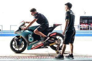 Petronas mechanics