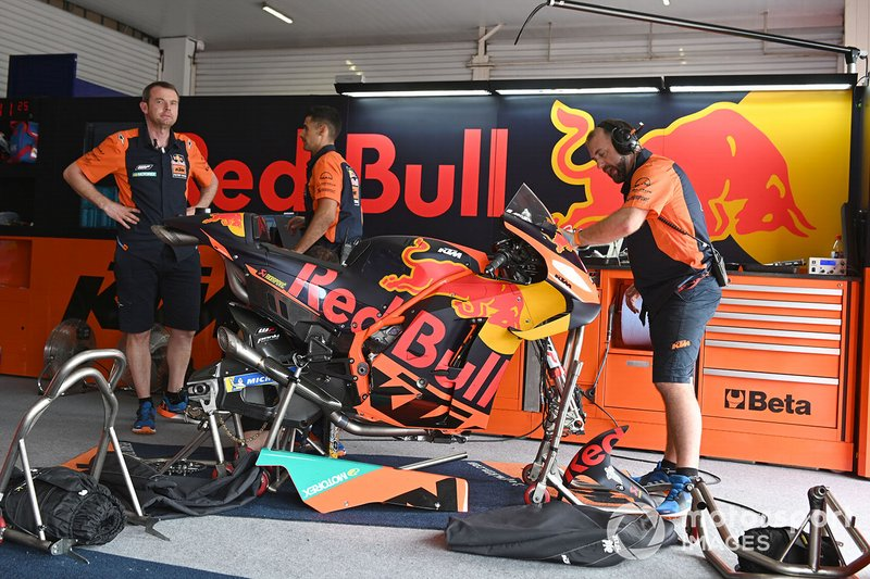 Red Bull KTM Factory Racing garage atmosphere
