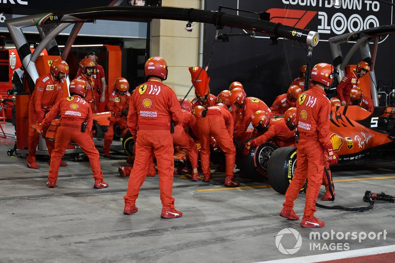 Sebastian Vettel, Ferrari SF90, comes in for a pit stop to replace his front wing
