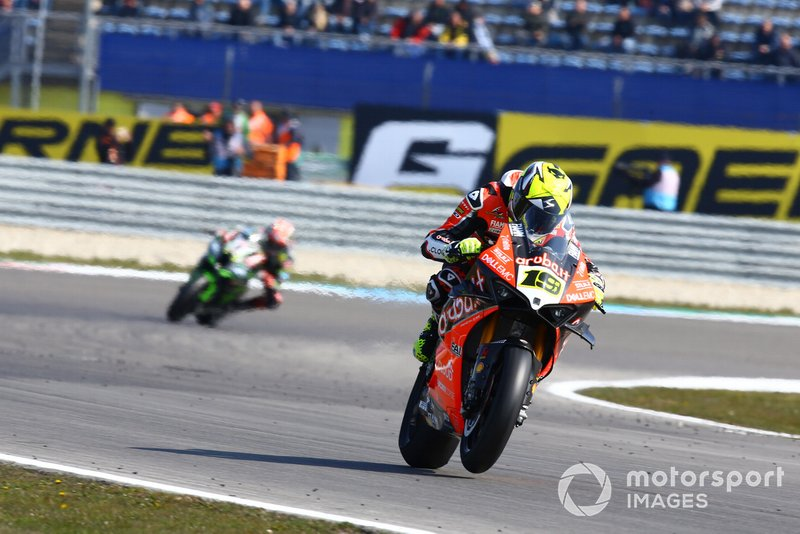 Alvaro Bautista, Aruba.it Racing-Ducati Team, Jonathan Jonathan Rea, Kawasaki Racing, WorldSBK race1, Assen 2019