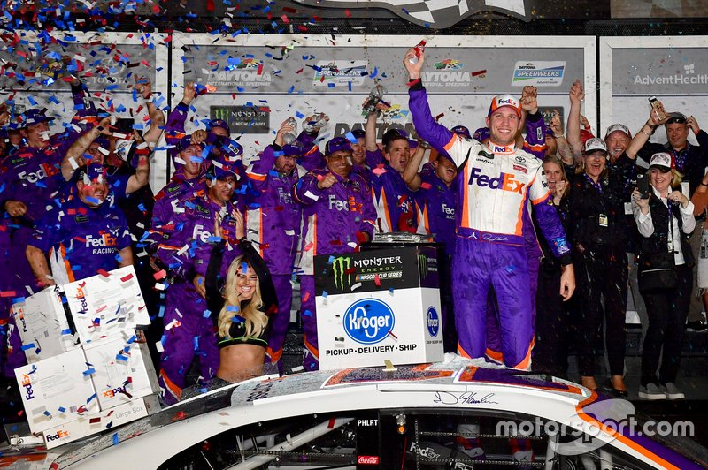 1. Denny Hamlin, Joe Gibbs Racing, Toyota Camry