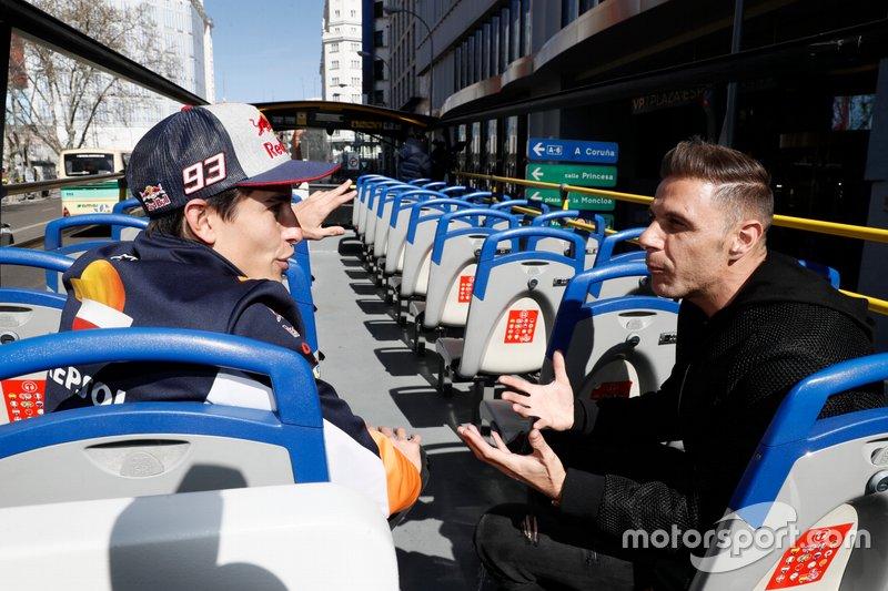 Marc Márquez, Repsol Honda Team y el futbolista del Betis Joaquin en Madrid