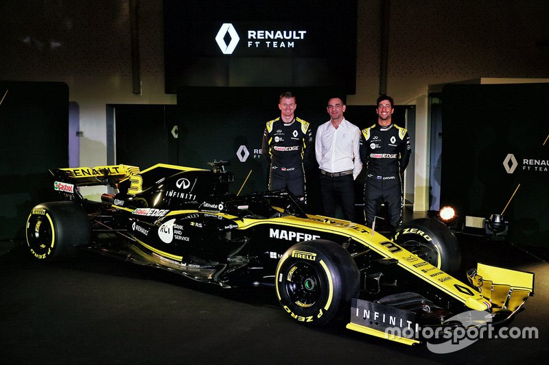 Daniel Ricciardo, Renault Sport F1 Team, Nico Hulkenberg, Renault Sport F1 Team, Cyril Abiteboul, Renault Sport F1