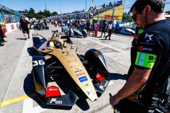 Andre Lotterer, DS TECHEETAH, DS E-Tense FE19, on the grid